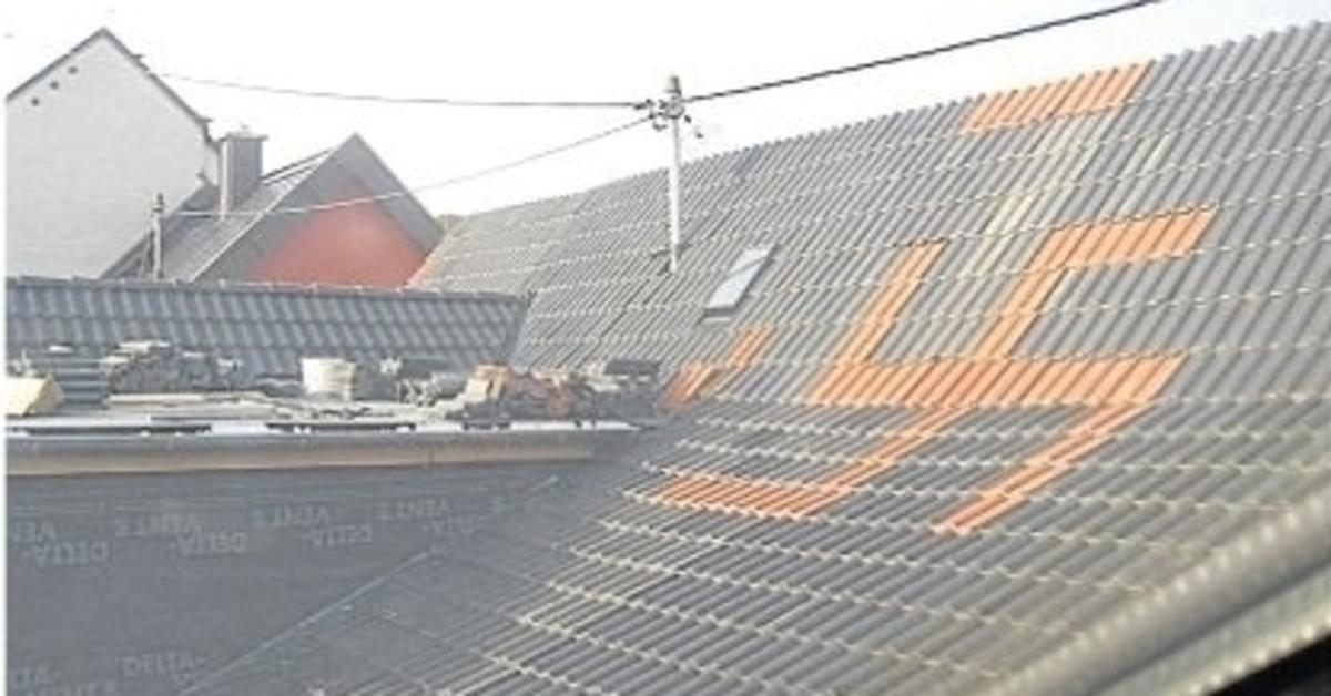 hakenkreuz geziegelt es sollte ein vierbl ttriges kleeblatt werden dachdecker vor gericht. Black Bedroom Furniture Sets. Home Design Ideas