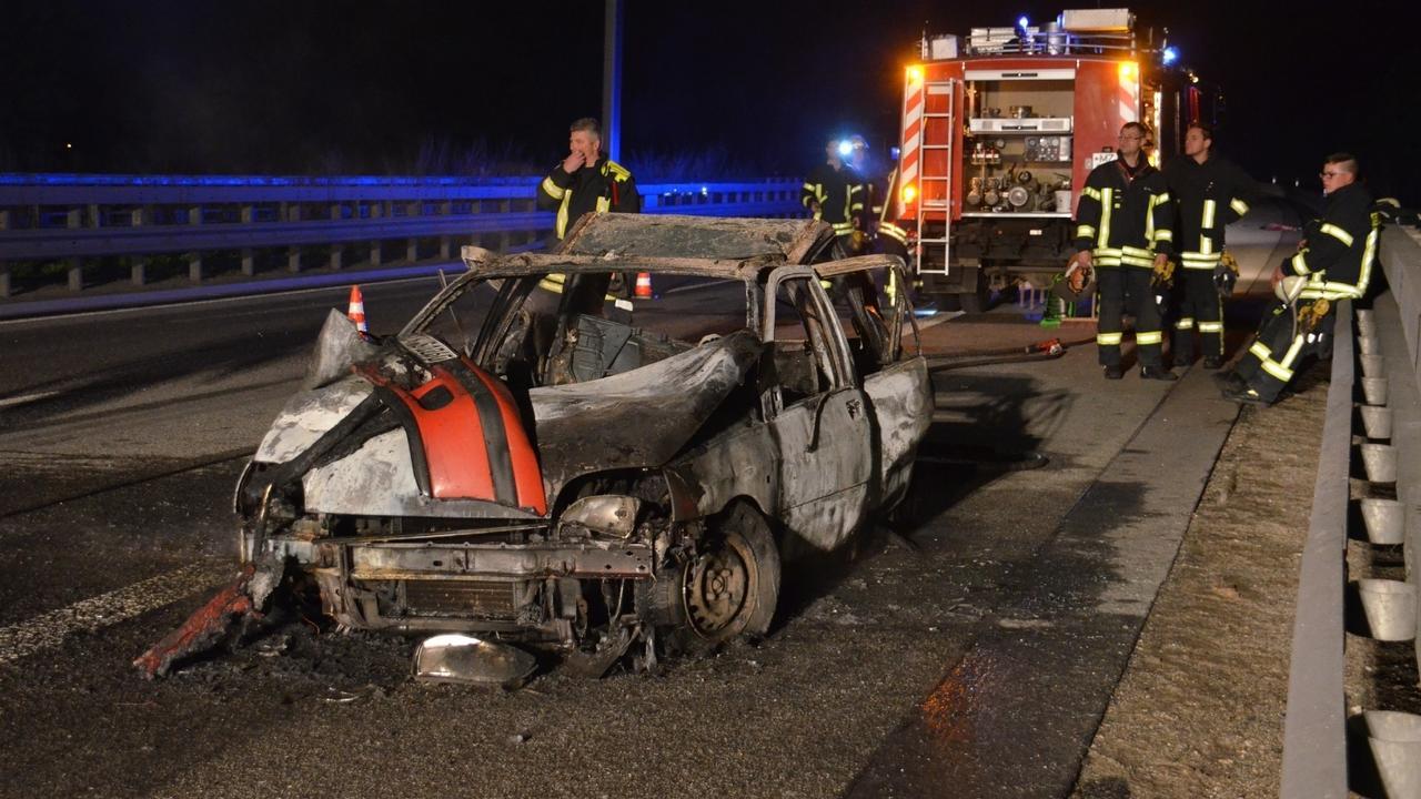 schrecklicher unfall am autobahndreieck nahetal 38 j hrige frau im auto verbrannt. Black Bedroom Furniture Sets. Home Design Ideas