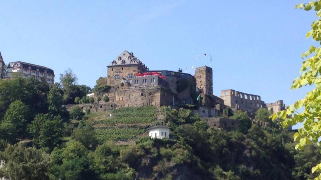 303 magische orte burg rheinfels geschichte mit allen Burg hachenburg
