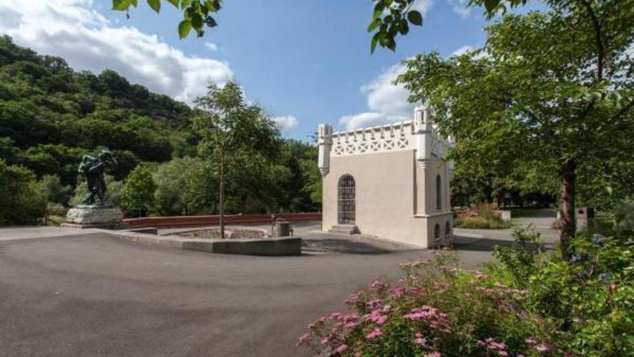 Eine r tselhaft sch ne burg im miniformat 303 magische Burg hachenburg