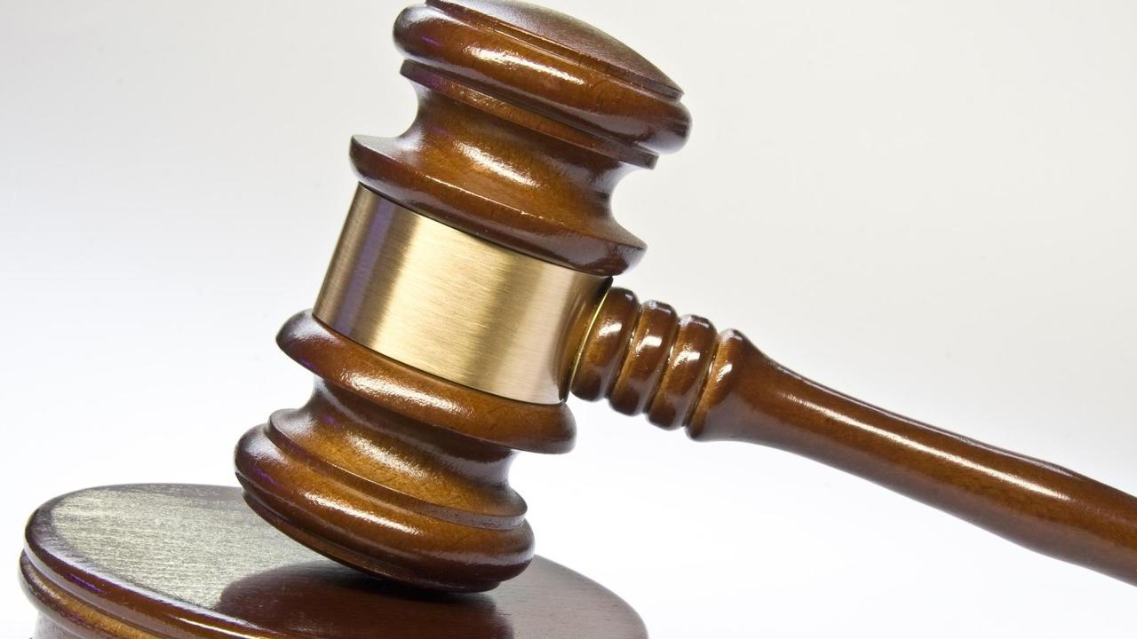 geld f r sex mann soll jungen 17 mal missbraucht haben rhein zeitung neuwied rhein zeitung. Black Bedroom Furniture Sets. Home Design Ideas