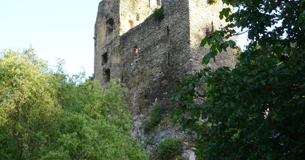 Jungen auf burg balduinstein missbraucht panorama Burg hachenburg