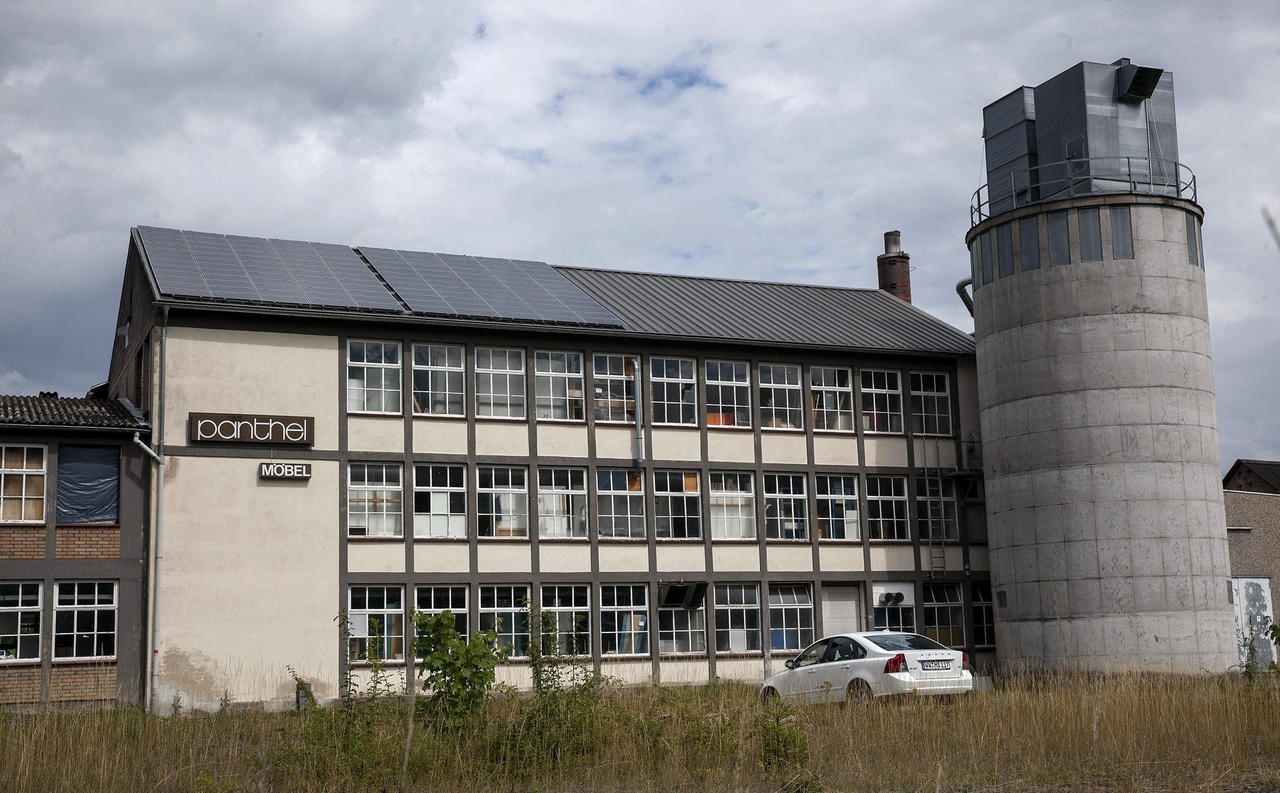 Nach Großbrand im Jahr 2013: Panthel Möbelwerk stellt vorläufigen ...
