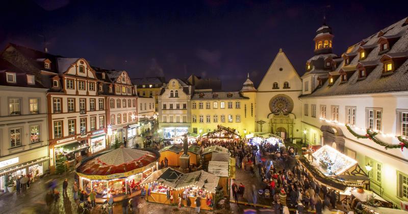 Wo Ist Weihnachtsmarkt Heute.Festliche Altstadt Koblenzer Weihnachtsmarkt öffnet Koblenz