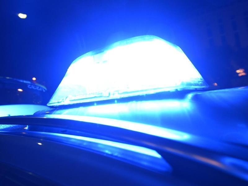 Polizei: 16-Jährige nach Unfall lebensgefährlich verletzt - Nahe ...