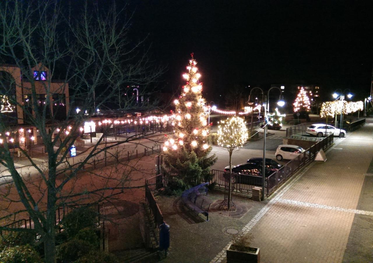 Ab Wann Weihnachtsbeleuchtung.Syna Schaltet Außensteckdosen Ab Gehen Weihnachten Die Lichter Aus