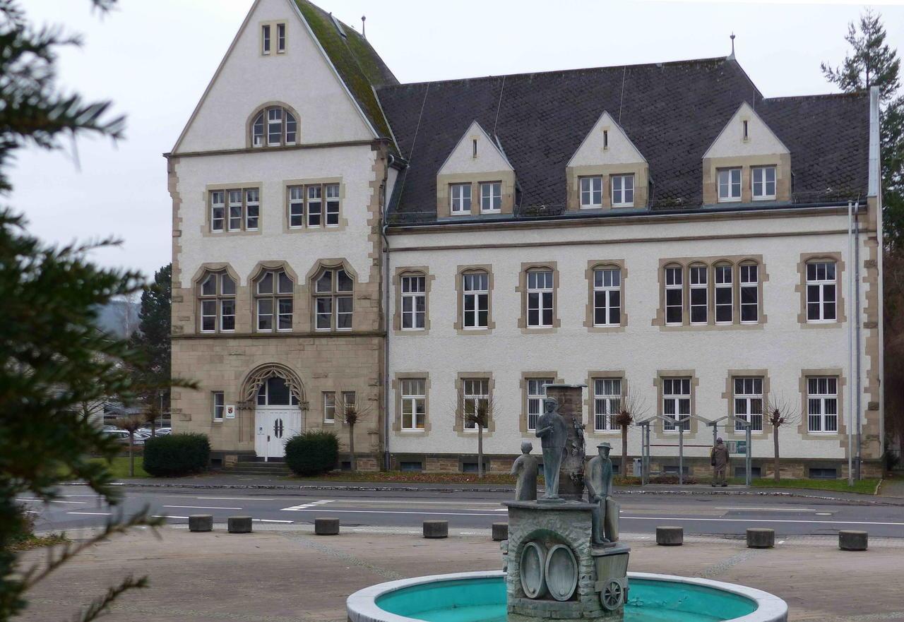 Hure aus Braubach