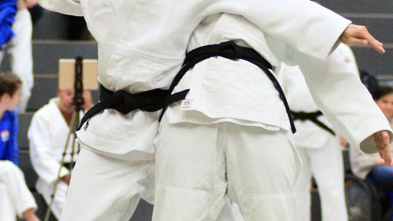 Judo In Vollendung Mit Internationalem Flair Präzision Der
