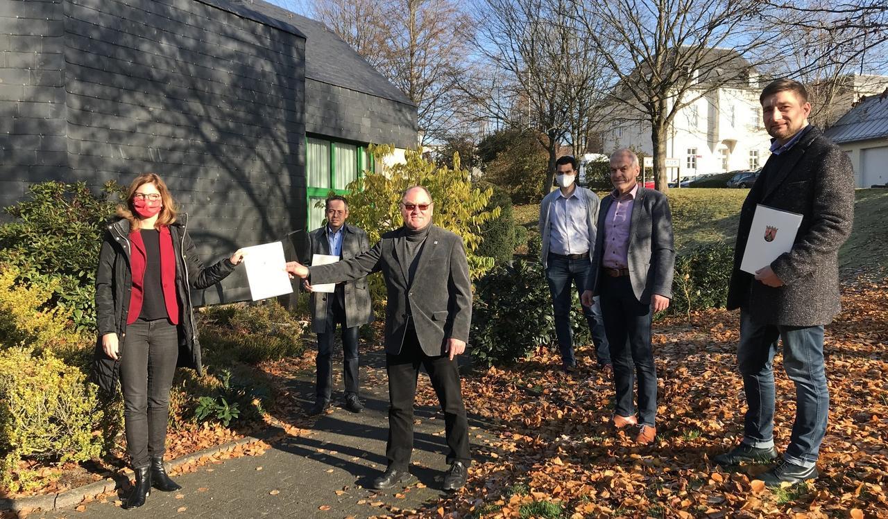 Ministerin in Geberlaune: Förderbescheide für Altenkirchen, Flammersfeld und Horhausen