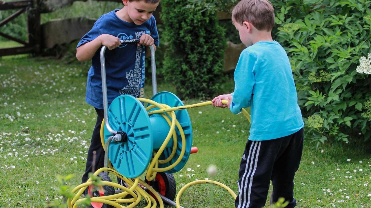 Spielende Kinder Fruher Und Heute Es Geht Auch Ohne Internet Und Smartphone Rhein Lahn Zeitung Rhein Zeitung