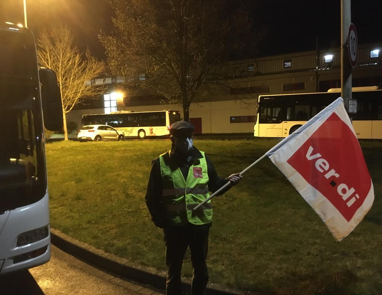 Wegen Streik: Busverkehr im Oberkreis teilweise lahmgelegt
