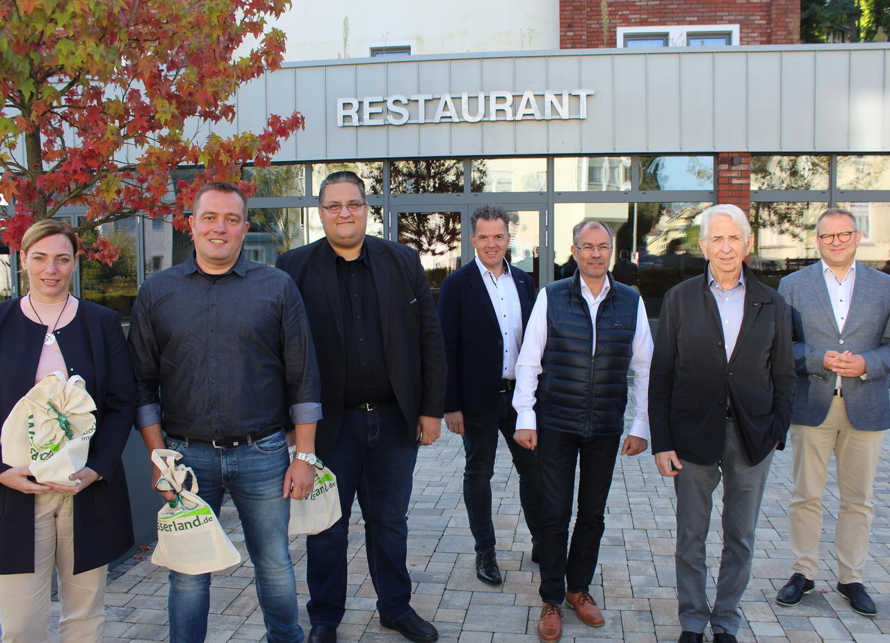 In fünf Wochen startet die Germania neu: Pächterfamilie übernimmt gesamten Wissener Hotel- und Gastronomiebetrieb